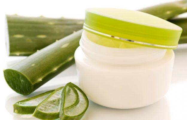 Guida completa agli usi dei cosmetici all'aloe vera