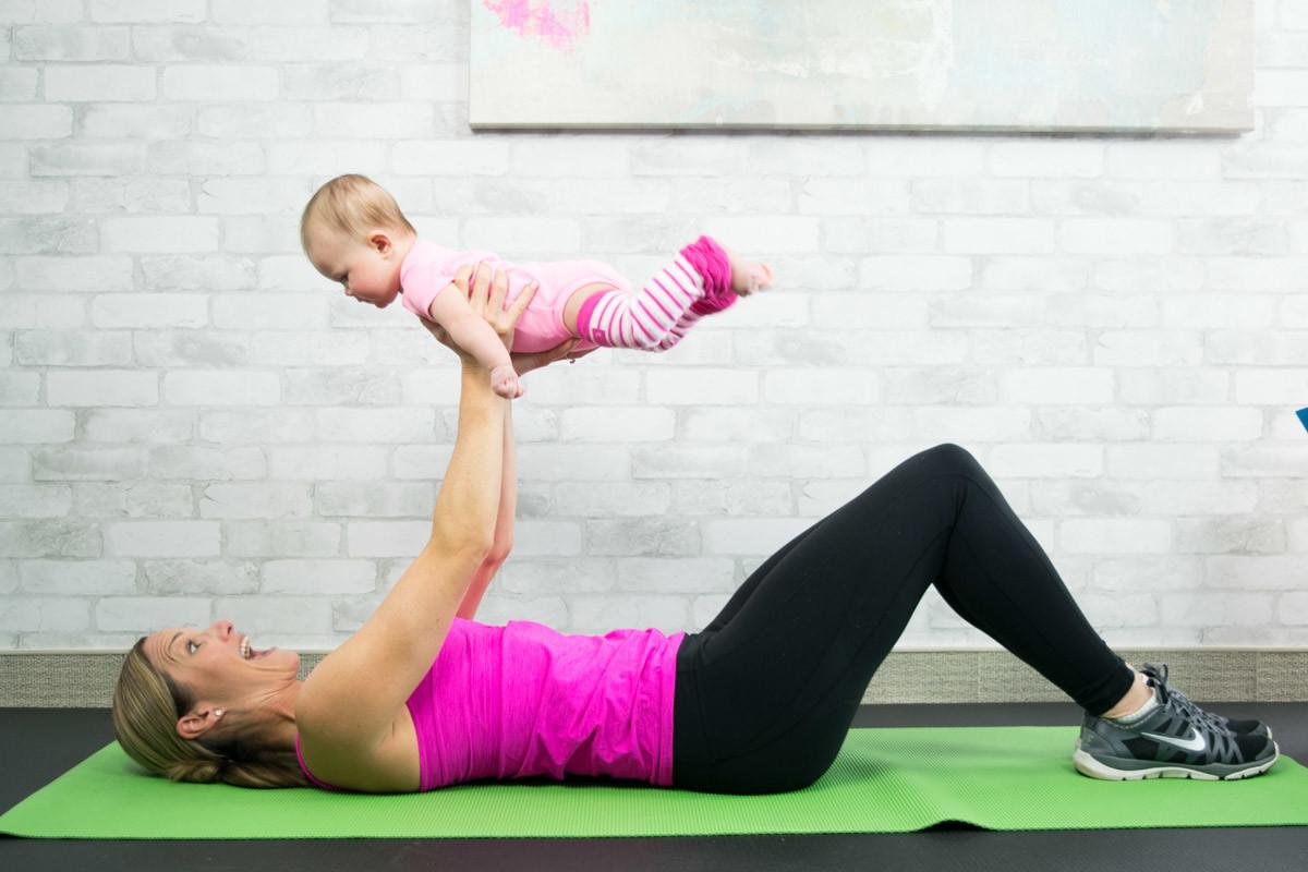 Tornare in forma dopo il parto si può, ecco i nostri esercizi